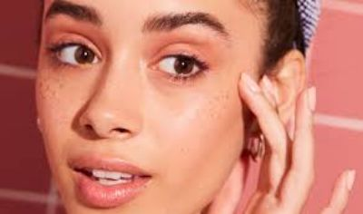 What are blackheads and how to remove them?